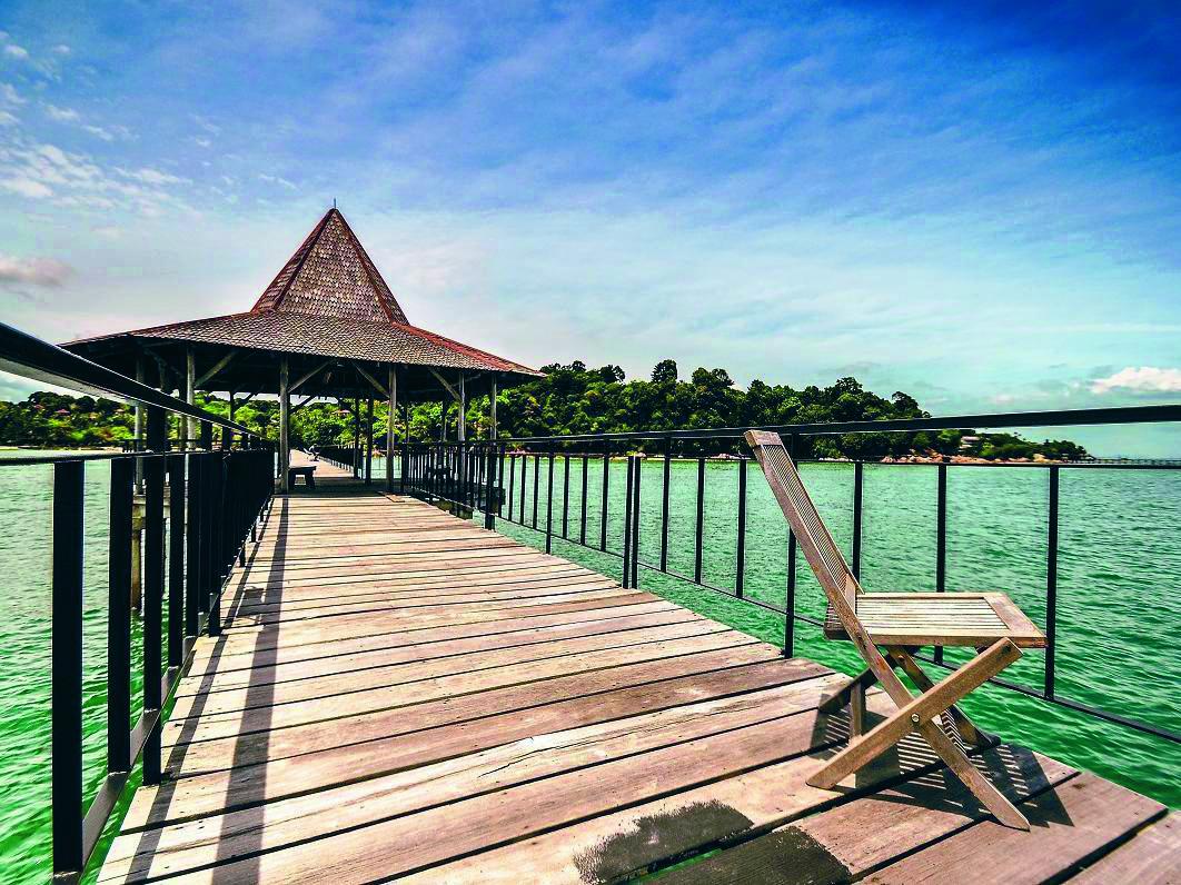 Pantai Nongsa, Wisata Modern Dengan Nuansa Natural – Majalahteras.com